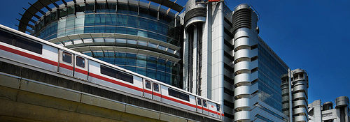 Сингапур автомобили мотоциклы аренда транспорт