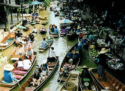 Плавучие рынки в Таиланде